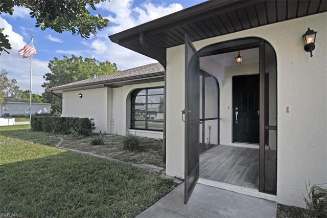 1306 Se 37th St, Cape Coral, FL 33904