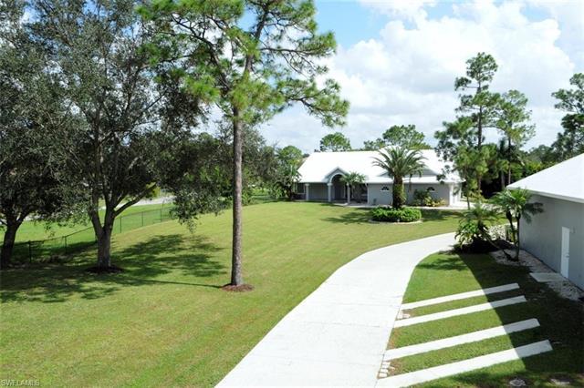 10441 Deer Run Farms Rd, Fort Myers, FL 33966