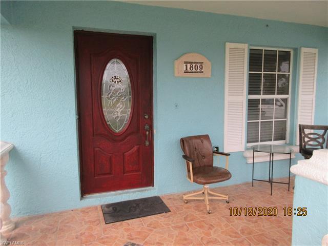 1809 Kismet Pky W, Cape Coral, FL 33993