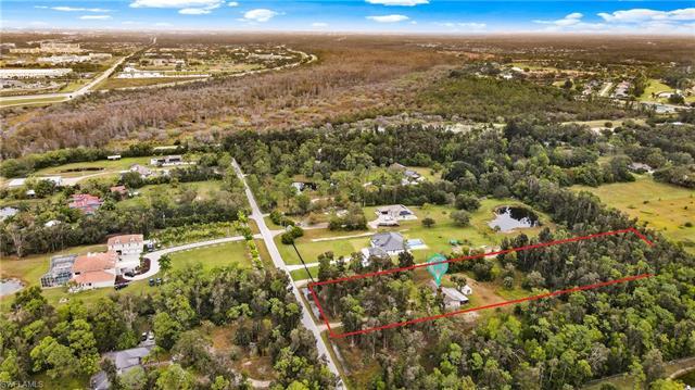 15201 Shamrock Dr, Fort Myers, FL 33912