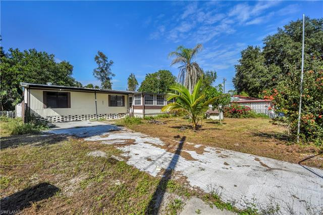 2613 Harmony Ave, North Fort Myers, FL 33917