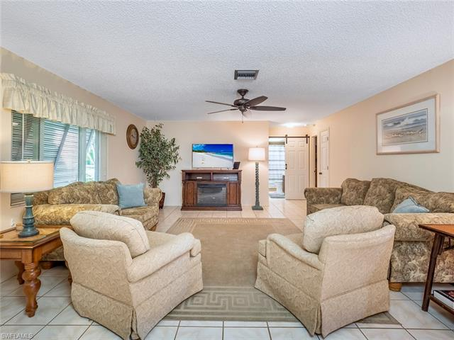 1809 Se 14th St, Cape Coral, FL 33990