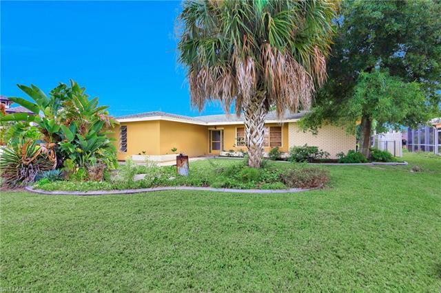 846 Monticello Ct, Cape Coral, FL 33904