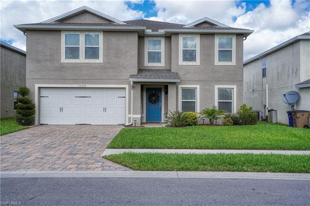 10325 Canal Brook Ln, Lehigh Acres, FL 33936