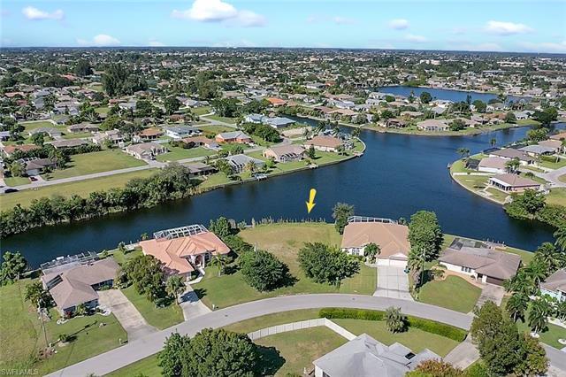 114 Ne 21st Ave, Cape Coral, FL 33909