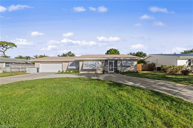 2437 Jasper Ave, Fort Myers, FL 33907