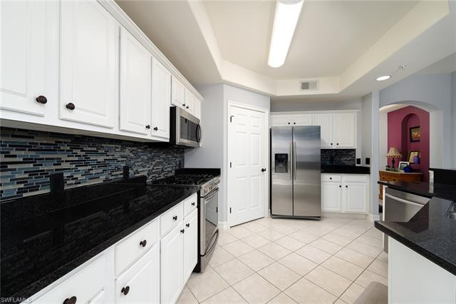 11057 Harbour Yacht Ct 102, Fort Myers, FL 33908