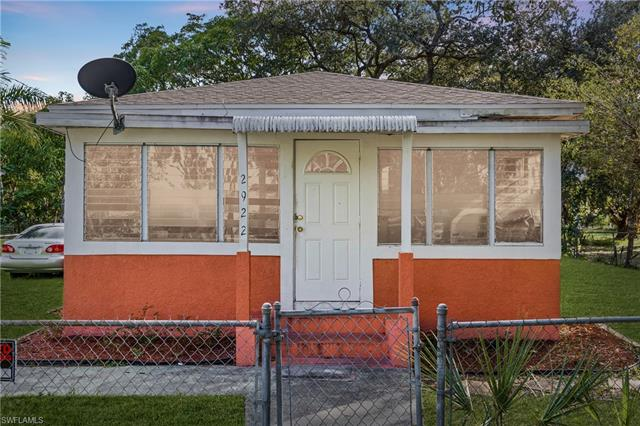2922 Lincoln Blvd, Fort Myers, FL 33916