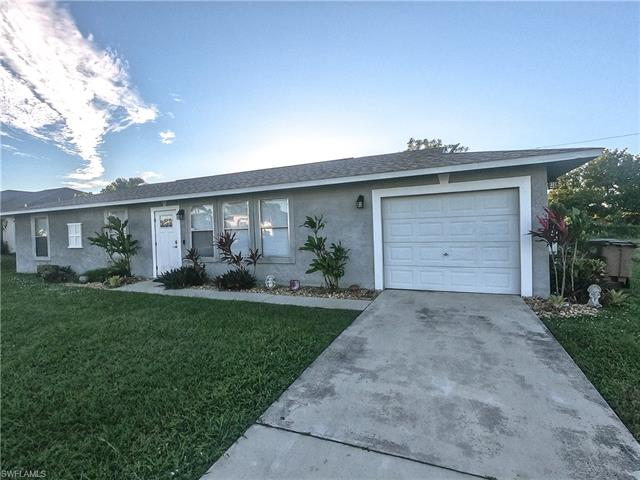 2208 Ne 15th Ave, Cape Coral, FL 33909