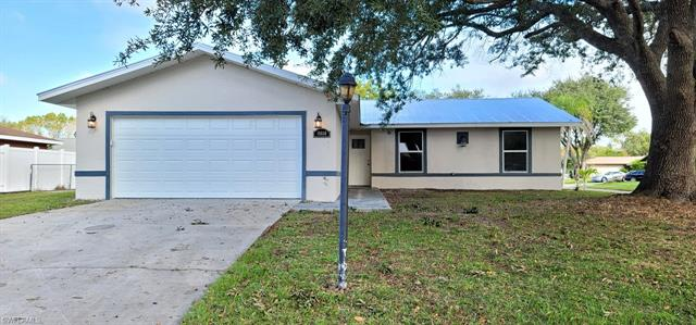 15880 Willoughby Ln, Fort Myers, FL 33905