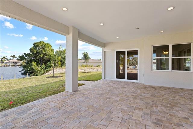 3117 Sw 18th Ave, Cape Coral, FL 33914