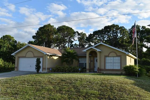 2505 8th St Sw, Lehigh Acres, FL 33976