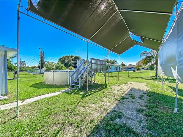 802 Coolidge Ave, Lehigh Acres, FL 33936