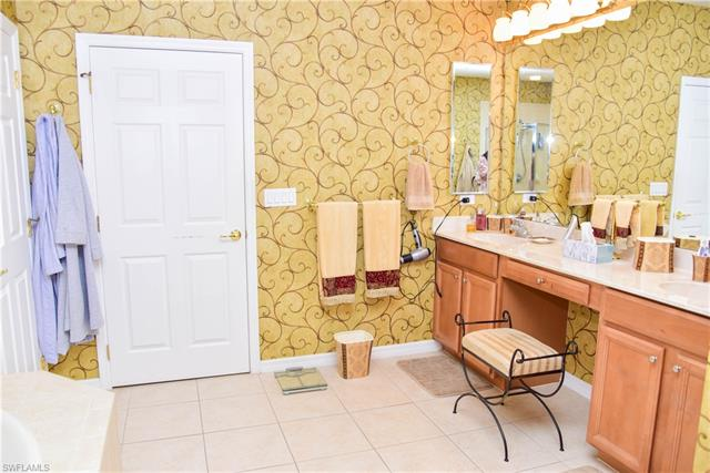 14811 Reflection Key Cir 111, Fort Myers, FL 33907