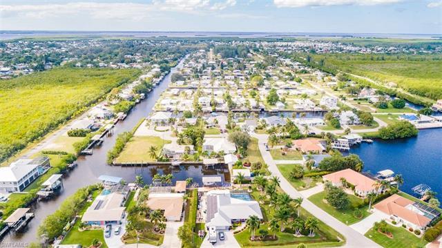 2721 Gull Ct, St. James City, FL 33956