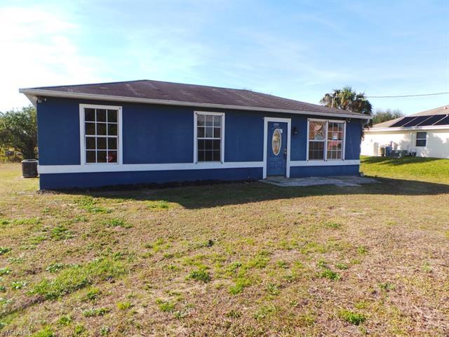 1408 Xelda Ave S, Lehigh Acres, FL 33976