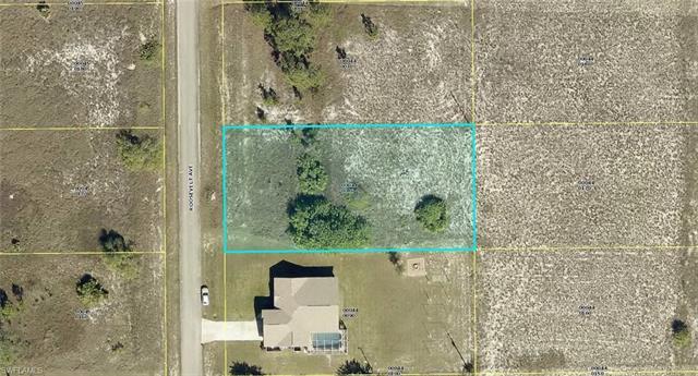 1508 Roosevelt Ave, Lehigh Acres, FL 33972