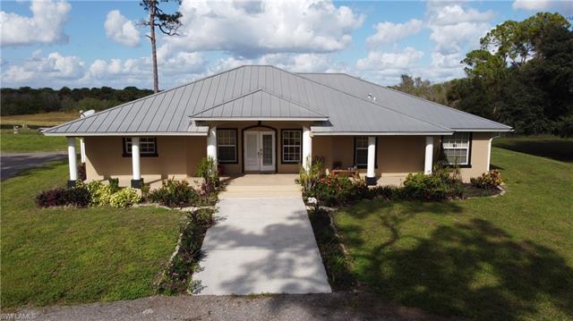 7672 County Rd 78, Fort Denaud, FL 33935
