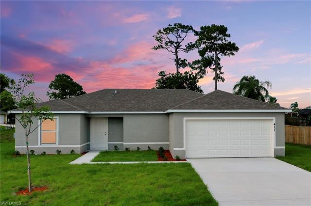 527 Kilgour Ave S, Lehigh Acres, FL 33974