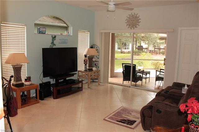 10700 Pearl Bay Cir, Estero, FL 33928