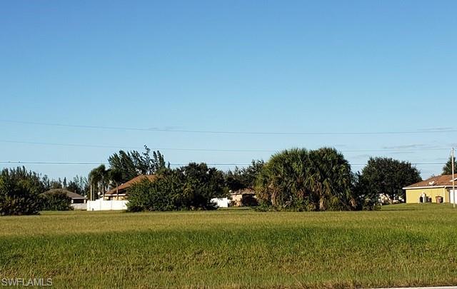2459 Tropicana Pky W, Cape Coral, FL 33993