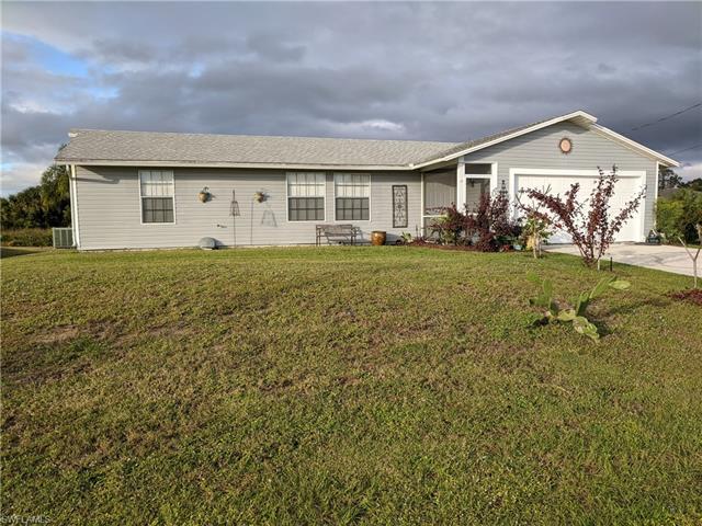 3914 13th St Sw, Lehigh Acres, FL 33976