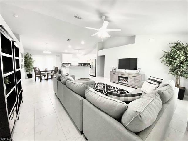 1317 Sw 22nd Pl, Cape Coral, FL 33991