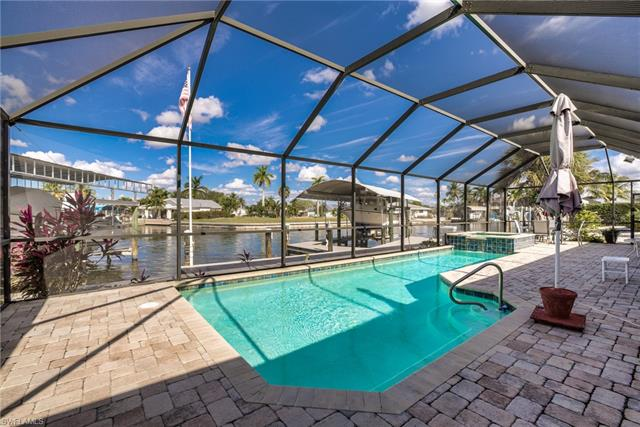 15 Fairview Blvd, Fort Myers Beach, FL 33931