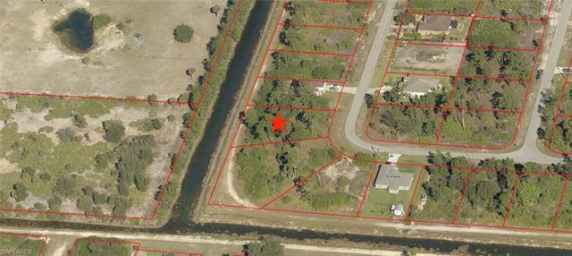 1813 Laurie St, Lehigh Acres, FL 33972