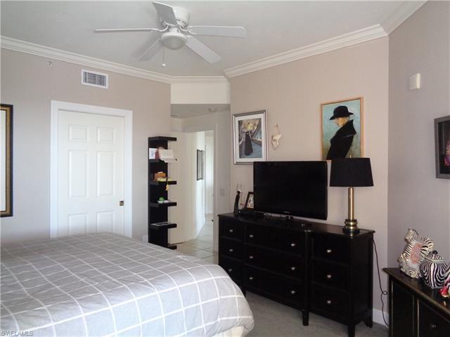 2745 1st St 1905, Fort Myers, FL 33916