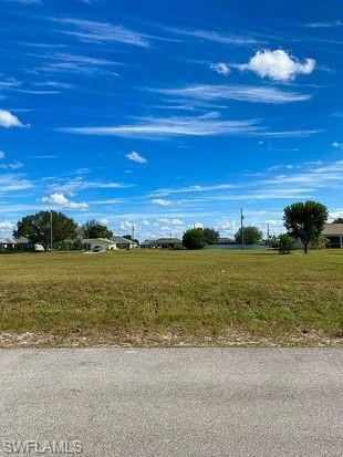 2633 Nw 4th Ave, Cape Coral, FL 33993