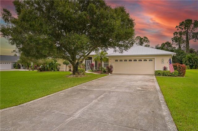 6730 Matt Pledger Ct, North Fort Myers, FL 33917