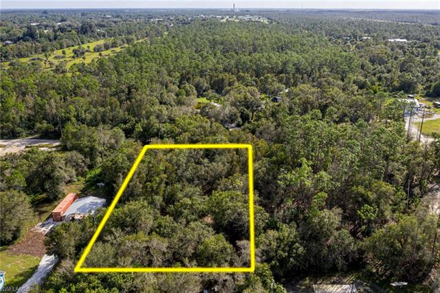11851 Pine Ave, Fort Myers, FL 33905