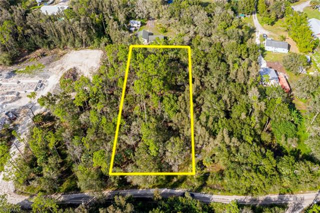 11821 Pine Ave, Fort Myers, FL 33905