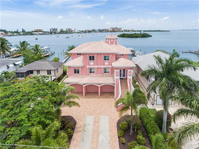 753 San Carlos Dr, Fort Myers Beach, FL 33931