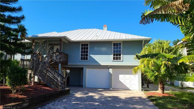 17916 Grey Heron Ct, Fort Myers Beach, FL 33931