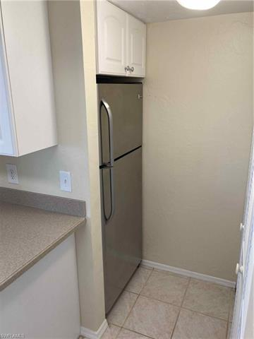 13240 White Marsh Ln 10, Fort Myers, FL 33912