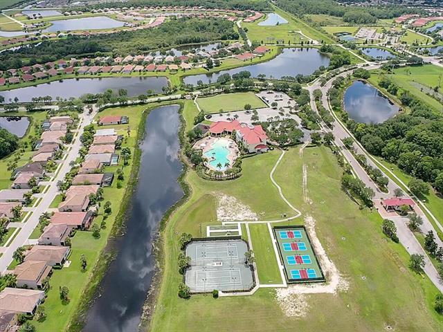 16048 Herons View Dr, Alva, FL 33920