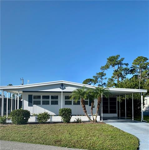609 Pine Grove Ct, North Fort Myers, FL 33917