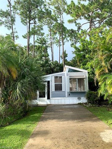 10709 Everglades Kite Cir, Estero, FL 33928