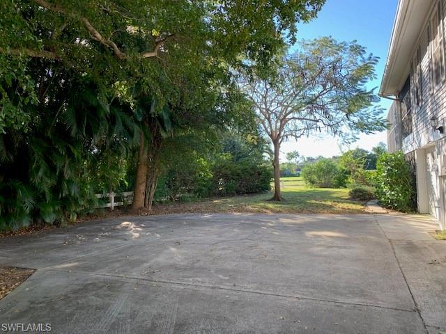 1577 Sand Castle Rd, Sanibel, FL 33957