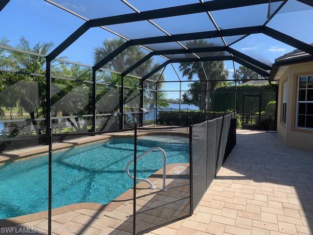 8810 Spinner Cove Ln, Naples, FL 34120
