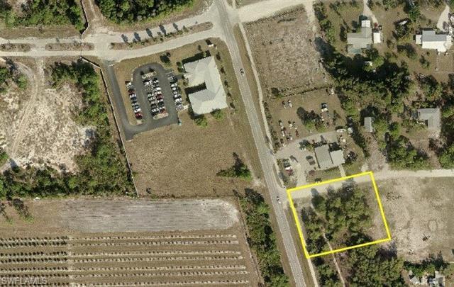 8288 Stringfellow Rd, St. James City, FL 33956