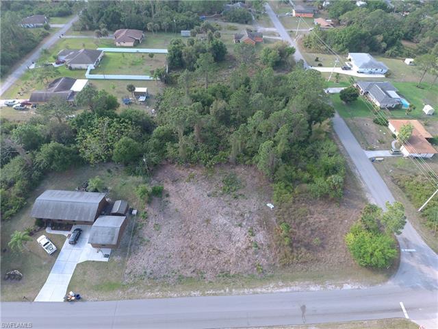 2802 E 2nd St, Lehigh Acres, FL 33936