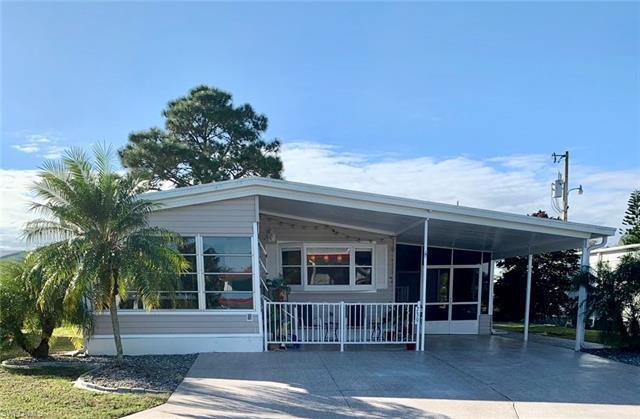 739 Knotty Pine Cir, North Fort Myers, FL 33917