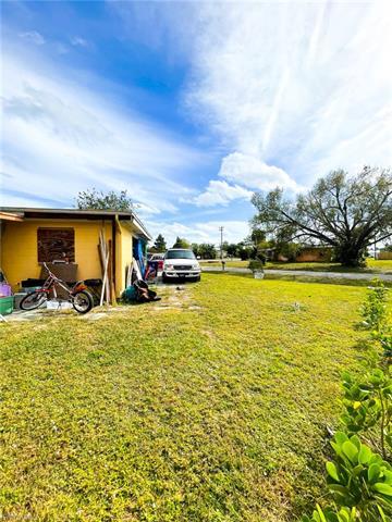 309 E Penn Rd, Lehigh Acres, FL 33936
