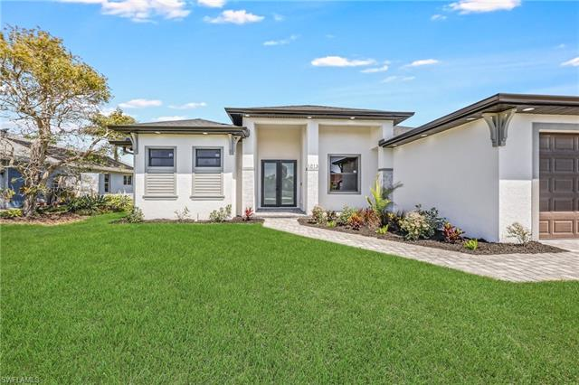 1013 Nw 37th Pl, Cape Coral, FL 33993