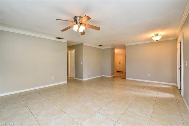 5595 Sunrise Dr, Fort Myers, FL 33919