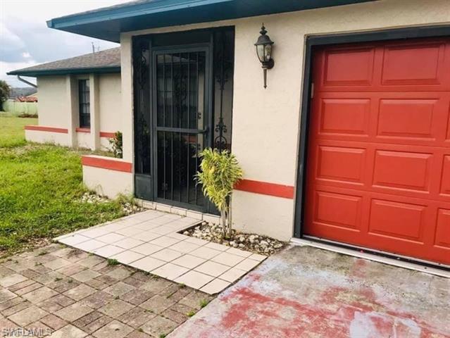 246 Se 7th St, Cape Coral, FL 33990