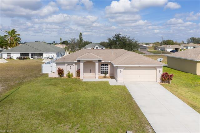 327 Nw 20th St, Cape Coral, FL 33993